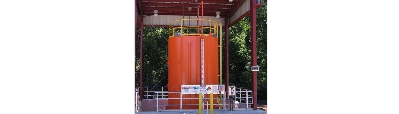 <h4>Chemical Storage Tank</h4><p>Checmical tanks are another General Industries specialty.Steel chemical tanks for storing methanol, sodium hydroxide and sulfuric acid are common for waste water treatment operations</p>